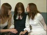 Japanlez – Two Asian Women Abuses Girl