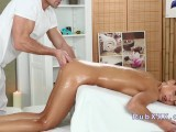 Foxy Di Fucked Hard After Oil Massage
